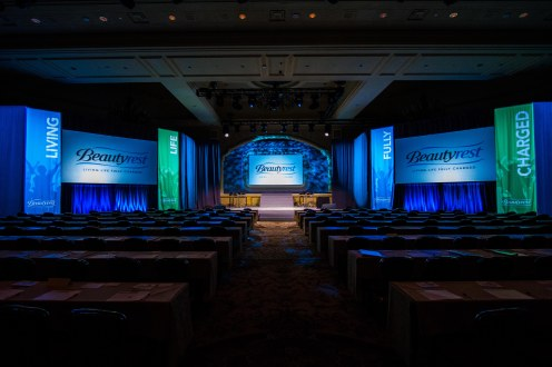 National Sales Meeting: Simmons Bedding Company